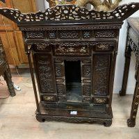 Autel de cérémonie en bois sculpté incrusté de nacre Chine XIX ème