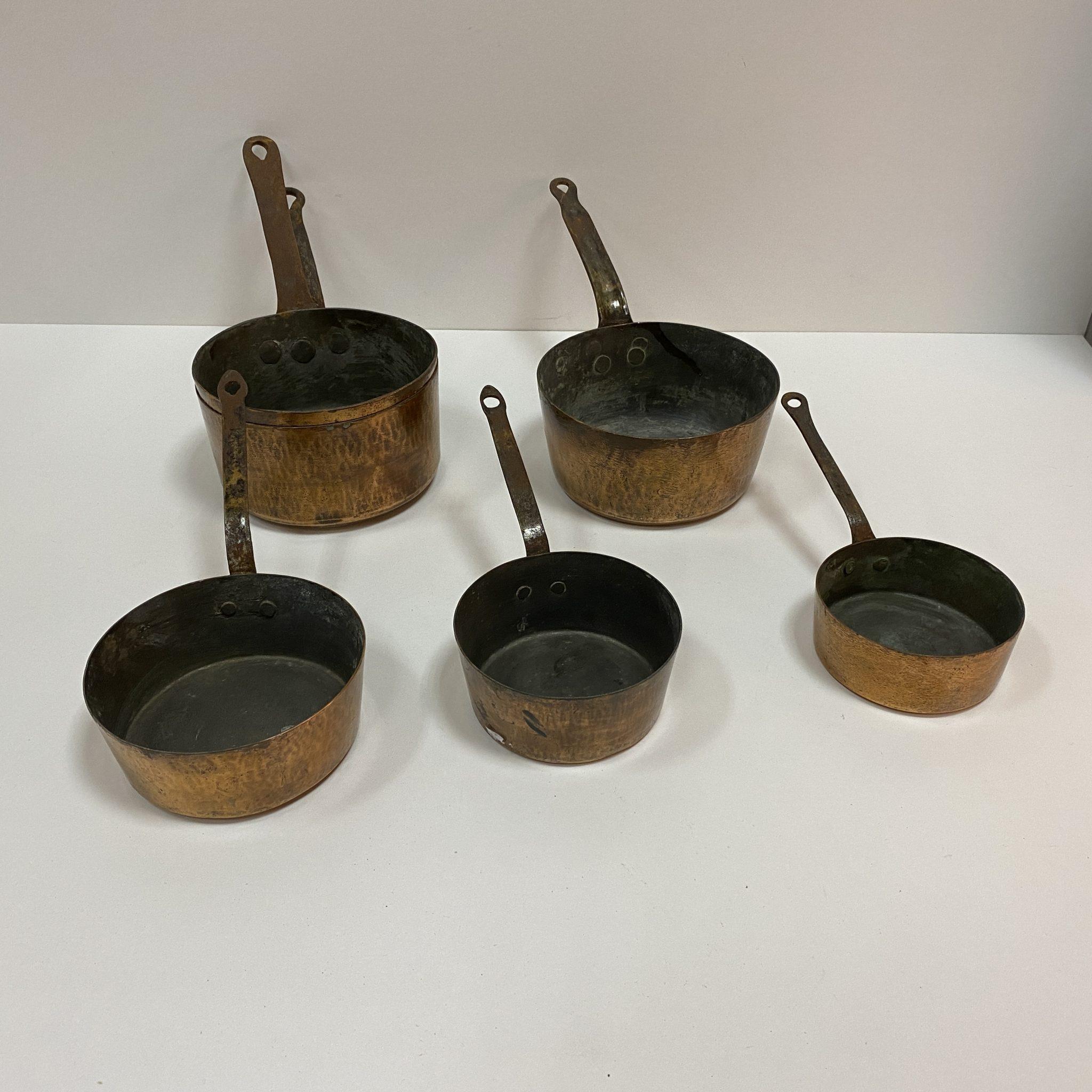 Ensemble de casseroles cuivre