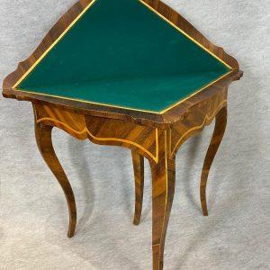 Table à jeux marqueterie 18e, époque Louis 15
