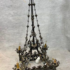 Grand lustre fer forgé néo gothique 4 bras de lumière