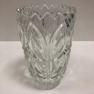 Vase en cristal moulé
