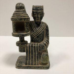 Sculpture personnage pierre dure